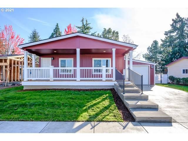 1310 Boardwalk Ave, Molalla, OR 97038 (MLS #21455025) :: Lux Properties