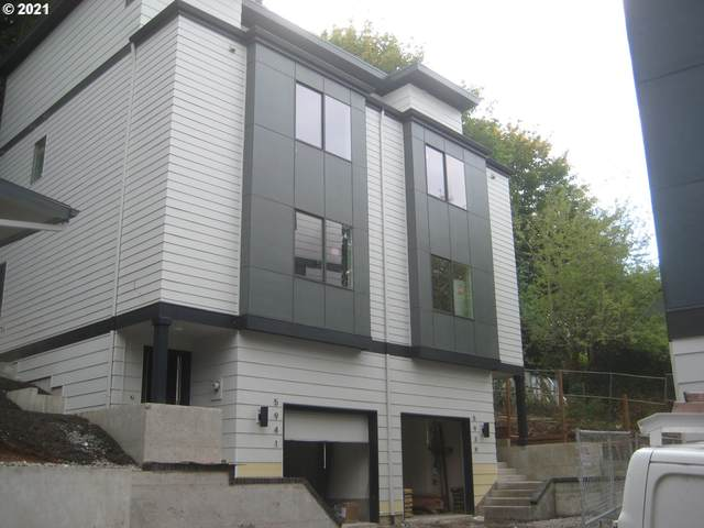 5939 SW 30th, Portland, OR 97239 (MLS #21463601) :: The Haas Real Estate Team
