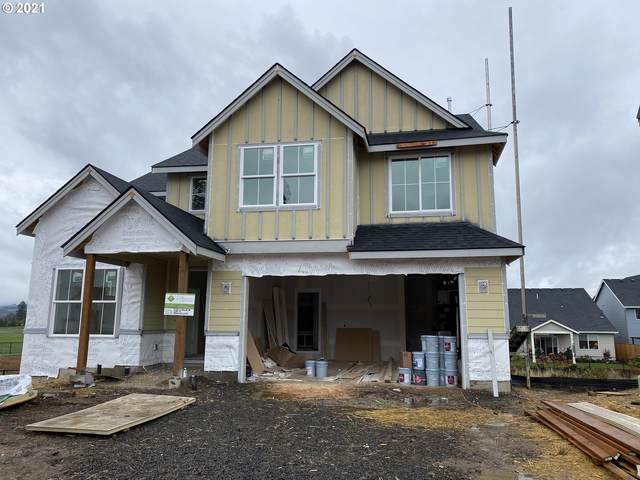 223 W Taylor Dr, Newberg, OR 97132 (MLS #21466069) :: Oregon Farm & Home Brokers