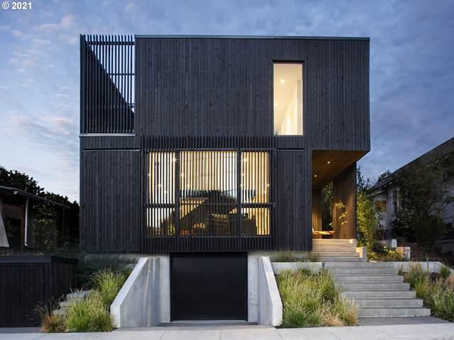 3112 SE 36TH Ave, Portland, OR 97202 (MLS #21466848) :: Cano Real Estate