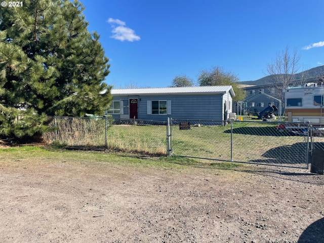 2000 H Ave, La Grande, OR 97850 (MLS #21467076) :: The Haas Real Estate Team