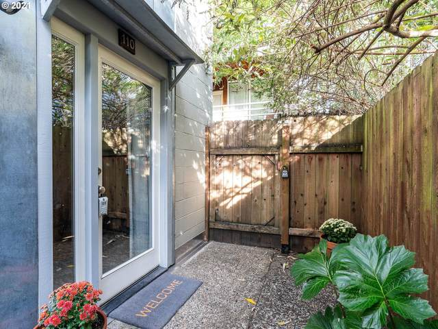 722 NW 24TH Ave #110, Portland, OR 97210 (MLS #21470072) :: Windermere Crest Realty