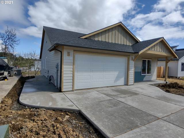 3103 NW 2ND St, Mcminnville, OR 97128 (MLS #21476202) :: Beach Loop Realty