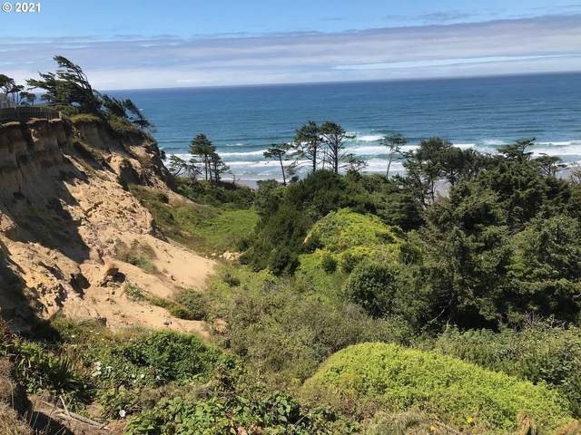 Spruce St, Newport, OR 97365 (MLS #21485691) :: Beach Loop Realty