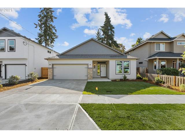 411 W Dartmouth Ave, Gladstone, OR 97027 (MLS #21492597) :: Next Home Realty Connection