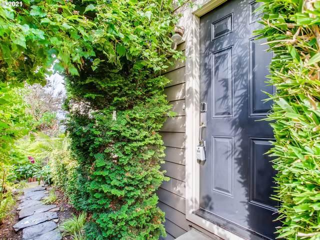 3709 SE 33RD Ave, Portland, OR 97202 (MLS #21525302) :: Windermere Crest Realty