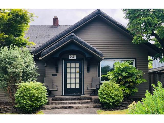 3424 NE 22ND Ave, Portland, OR 97212 (MLS #21540900) :: Real Tour Property Group
