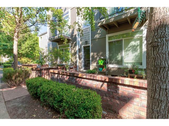 17160 SW Whitley Way, Beaverton, OR 97006 (MLS #21549211) :: Real Estate by Wesley