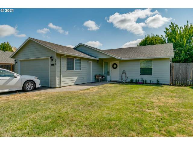 130 SW West Hills Dr, Mcminnville, OR 97128 (MLS #21549353) :: Beach Loop Realty