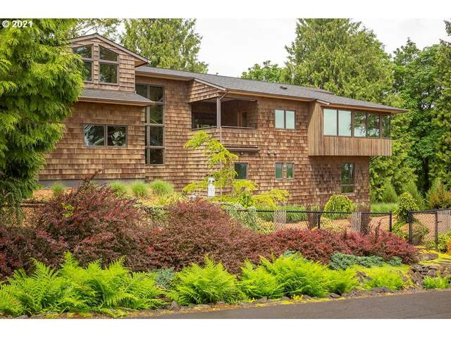 841 NW Spring Ave, Portland, OR 97229 (MLS #21569314) :: Real Tour Property Group