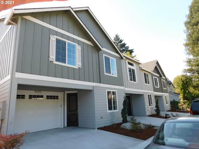 600 NW 9TH Ave, Camas, WA 98607 (MLS #21585477) :: Song Real Estate