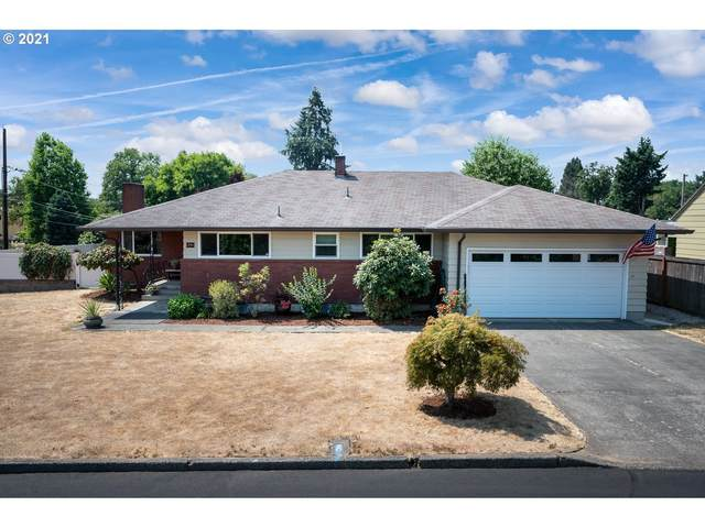 8791 SE 34TH Ave, Milwaukie, OR 97222 (MLS #21597630) :: Premiere Property Group LLC