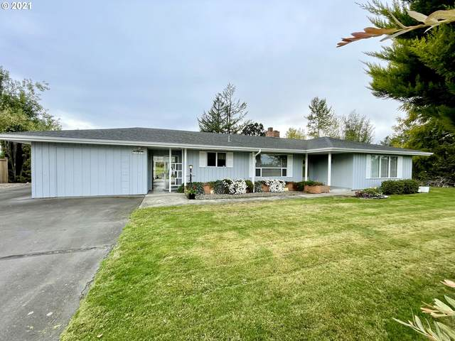 13914 S Vick Rd, Molalla, OR 97038 (MLS #21620953) :: Lux Properties