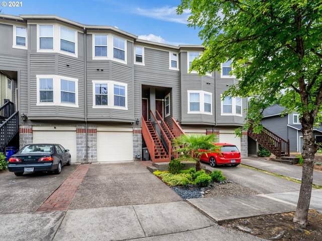 4823 SW 1ST Ave, Portland, OR 97239 (MLS #21637567) :: Fox Real Estate Group