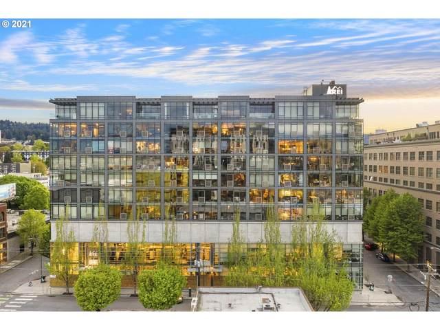 1410 NW Kearney St #1027, Portland, OR 97209 (MLS #21657150) :: McKillion Real Estate Group