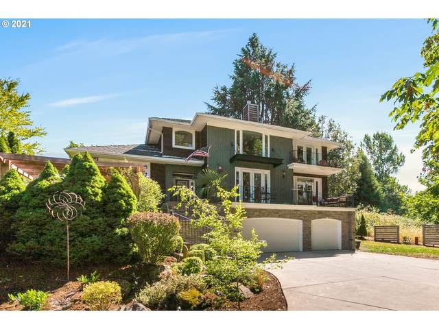 3112 SW Collins Ct, Portland, OR 97219 (MLS #21674534) :: Coho Realty