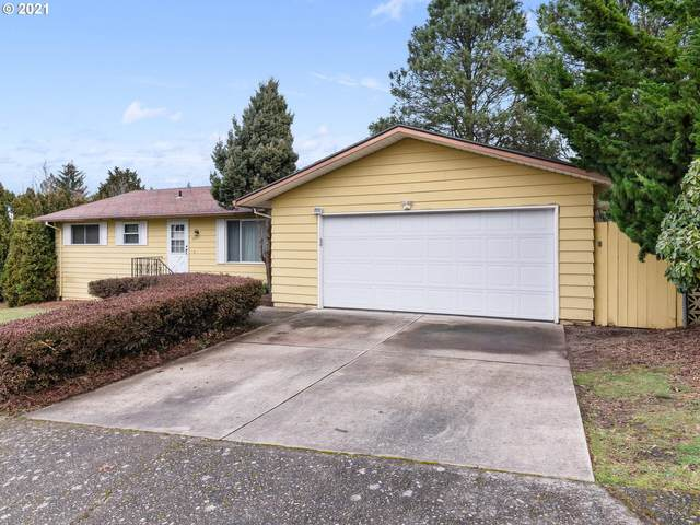 575 SW 6TH St, Gresham, OR 97080 (MLS #21682516) :: Townsend Jarvis Group Real Estate