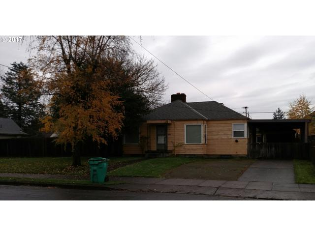 3720 SE 67TH Ave, Portland, OR 97220 (MLS #17071341) :: Hatch Homes Group