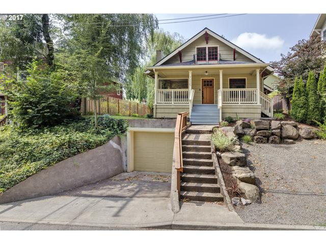 7225 SW Capitol Hwy, Portland, OR 97219 (MLS #17102192) :: Hatch Homes Group