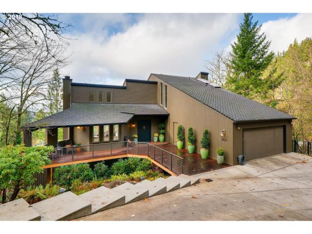 3921 SW Chesapeak Ave, Portland, OR 97239 (MLS #17163362) :: Next Home Realty Connection
