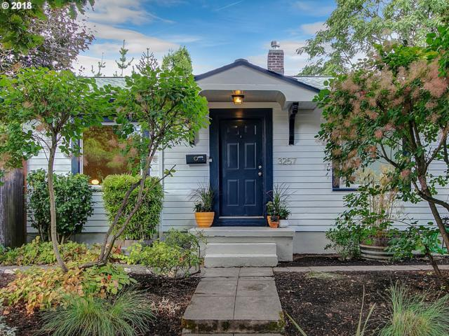 3257 NE Holman St, Portland, OR 97211 (MLS #18286256) :: Next Home Realty Connection