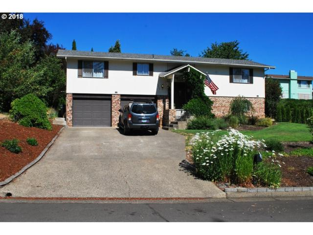 2235 NW Luth St, Roseburg, OR 97471 (MLS #18306367) :: Hatch Homes Group
