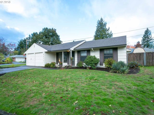 18511 NE Everett St, Portland, OR 97230 (MLS #18493467) :: Hatch Homes Group
