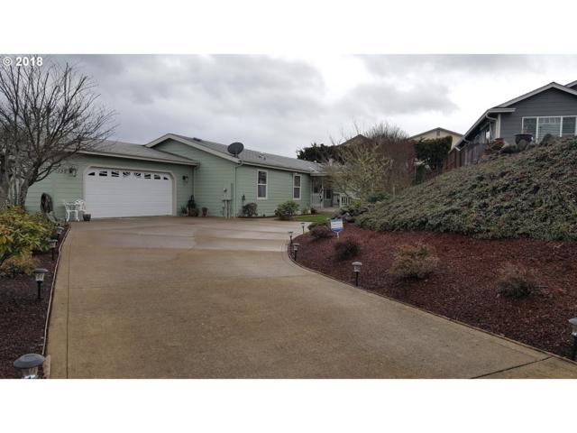 135 Grace Ct, Roseburg, OR 97471 (MLS #18604919) :: Keller Williams Realty Umpqua Valley