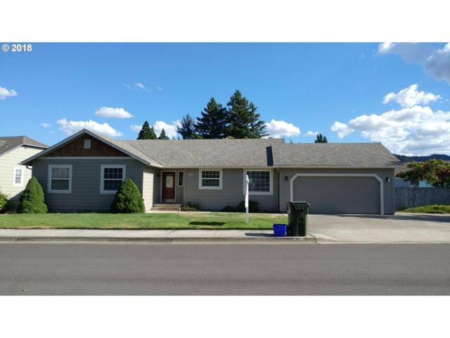 1321 NW Domenico Dr, Roseburg, OR 97471 (MLS #18608911) :: Hatch Homes Group
