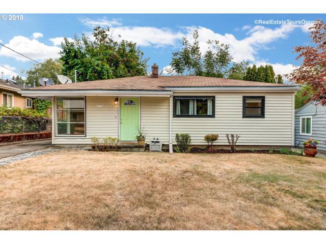 2573 Cambridge St, West Linn, OR 97068 (MLS #18616185) :: Hatch Homes Group