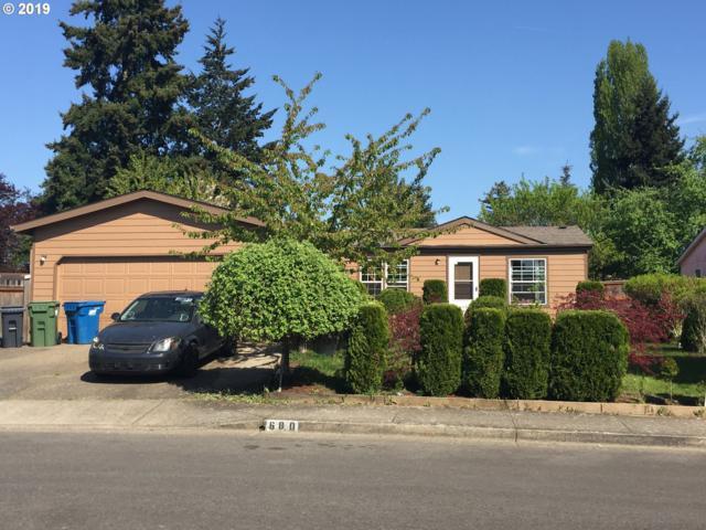 680 Walker Ct, Woodburn, OR 97071 (MLS #19029080) :: Brantley Christianson Real Estate