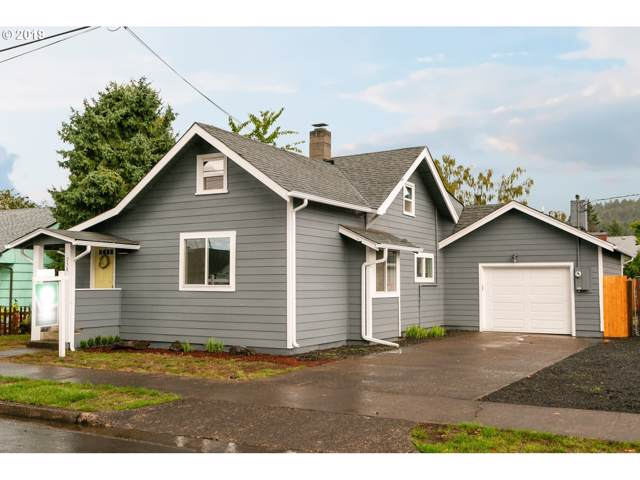 756 S 7TH St, Cottage Grove, OR 97424 (MLS #19299381) :: R&R Properties of Eugene LLC