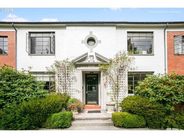 2167 NW Irving St #8, Portland, OR 97210 (MLS #19450934) :: Change Realty