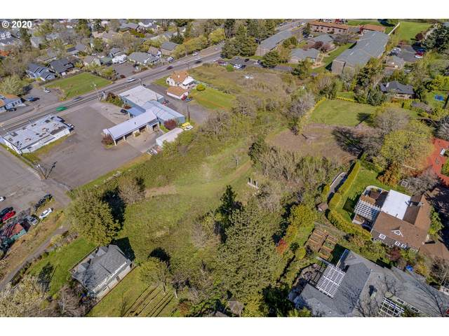 Cascade, Hood River, OR 97031 (MLS #19491518) :: Premiere Property Group LLC