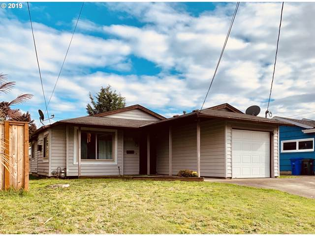 8942 N Fortune Ave, Portland, OR 97203 (MLS #19498299) :: Song Real Estate