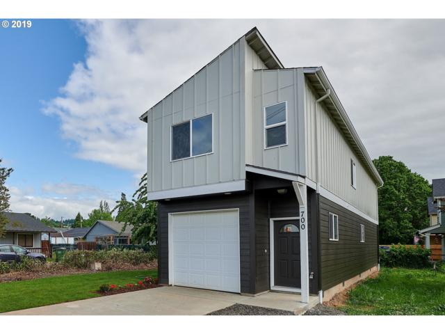 700 SE Parks Dr, Dundee, OR 97115 (MLS #19531111) :: Townsend Jarvis Group Real Estate