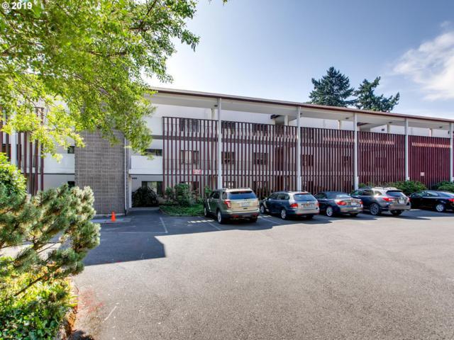 790 SE Webber St #214, Portland, OR 97202 (MLS #19588468) :: McKillion Real Estate Group