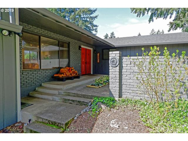 3710 SE Pinehurst Ave, Milwaukie, OR 97267 (MLS #19653638) :: McKillion Real Estate Group