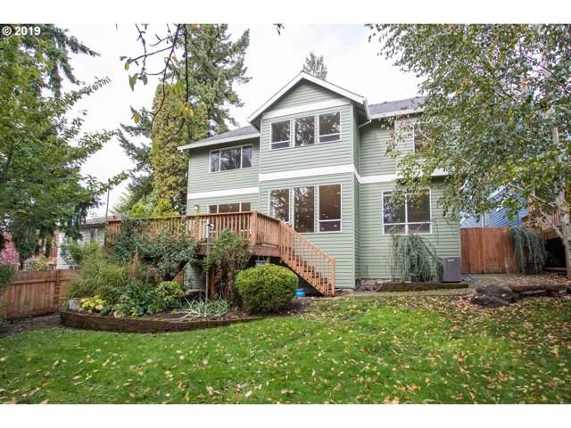 4336 SW Pendleton St, Portland, OR 97221 (MLS #19657761) :: Homehelper Consultants