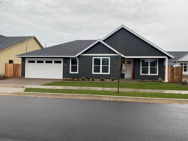 1907 S Fir Loop, Canby, OR 97013 (MLS #20314242) :: Townsend Jarvis Group Real Estate