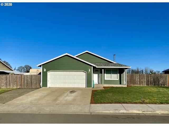 620 N 1ST St, Carlton, OR 97111 (MLS #20581949) :: McKillion Real Estate Group