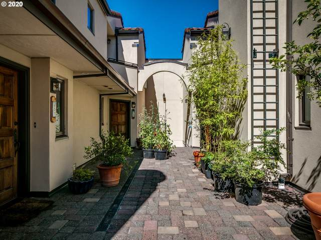 2611 NW Upshur St #209, Portland, OR 97210 (MLS #20667905) :: Fox Real Estate Group