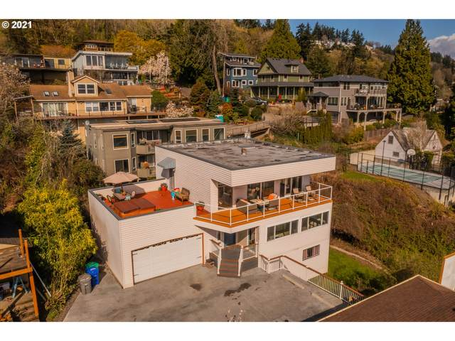 7146 S Laview Dr, Portland, OR 97219 (MLS #21150415) :: Holdhusen Real Estate Group