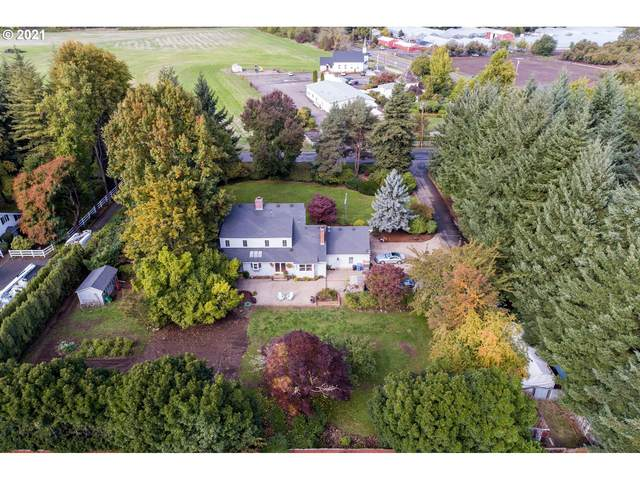 30590 W Beacon Dr, Junction City, OR 97448 (MLS #21266457) :: The Haas Real Estate Team