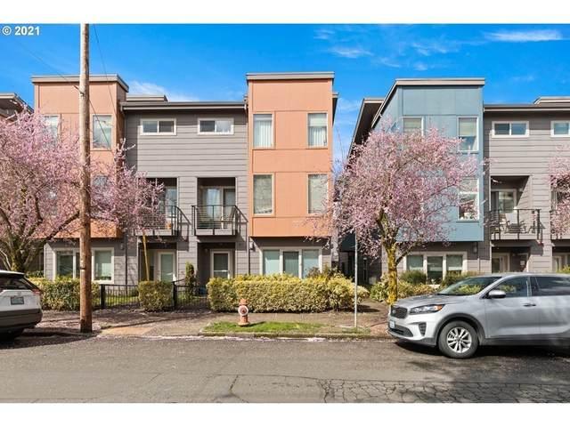 8019 N Leavitt Ave, Portland, OR 97203 (MLS #21348898) :: Stellar Realty Northwest