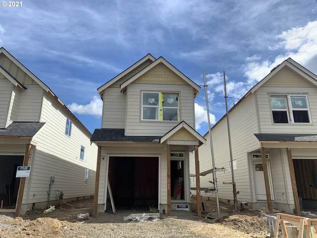 200 E Wayno Way, Newberg, OR 97132 (MLS #21374386) :: Premiere Property Group LLC