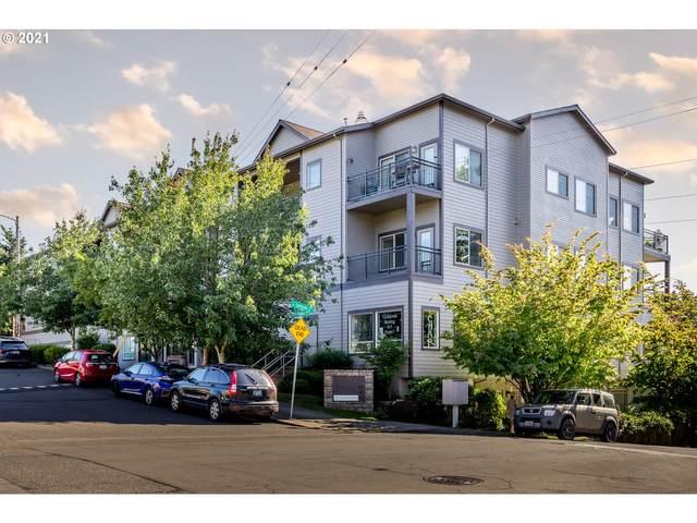 8065 SE Grand Ave, Portland, OR 97202 (MLS #21398021) :: Beach Loop Realty