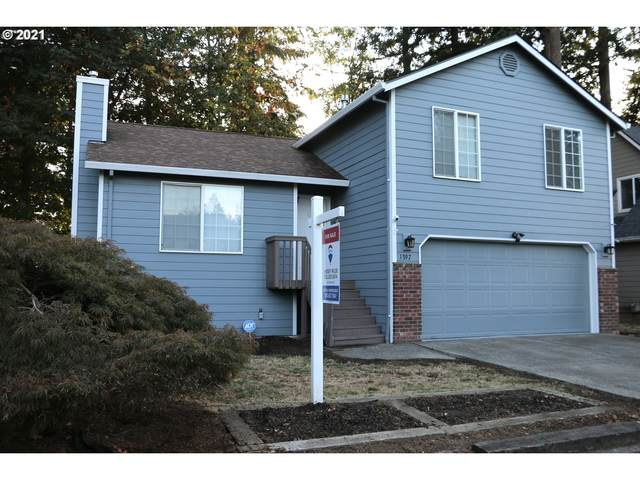 1397 S Birch Ct, Canby, OR 97013 (MLS #21424598) :: Fox Real Estate Group