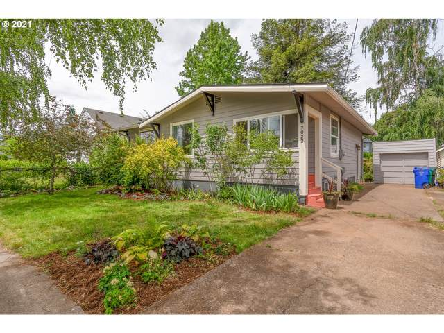 7023 N Jersey St, Portland, OR 97203 (MLS #21579247) :: Real Tour Property Group