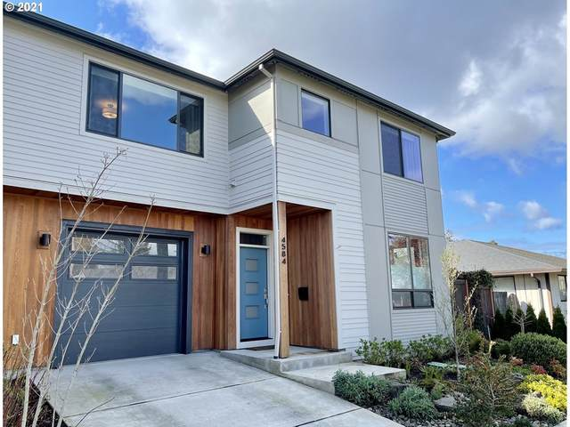 4584 NE Beech St, Portland, OR 97213 (MLS #21592402) :: Song Real Estate